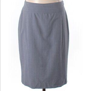 💕 Banana Republic Gray Wool Pencil Skirt Sz 6 💕